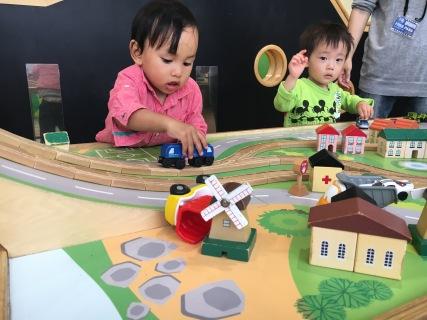 Borneuland Kid-O-Kid キドキド - Train railway set 記者