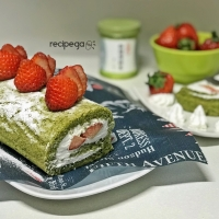 Macha Roll Cake