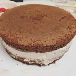Sliced strawberries inside cake (2)
